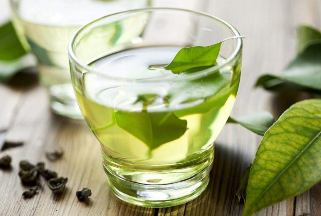 Несладкий зеленый чай