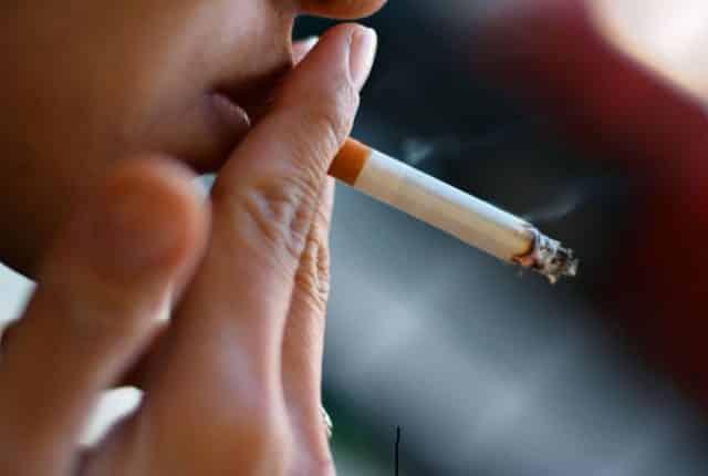 Курение вызывает Базедову болезнь